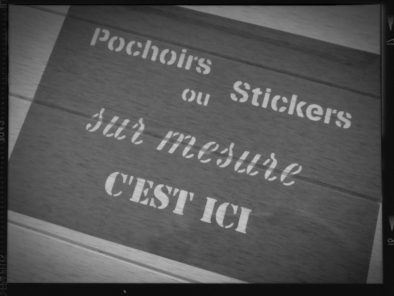Pochoir ou Sticker sur-mesure…